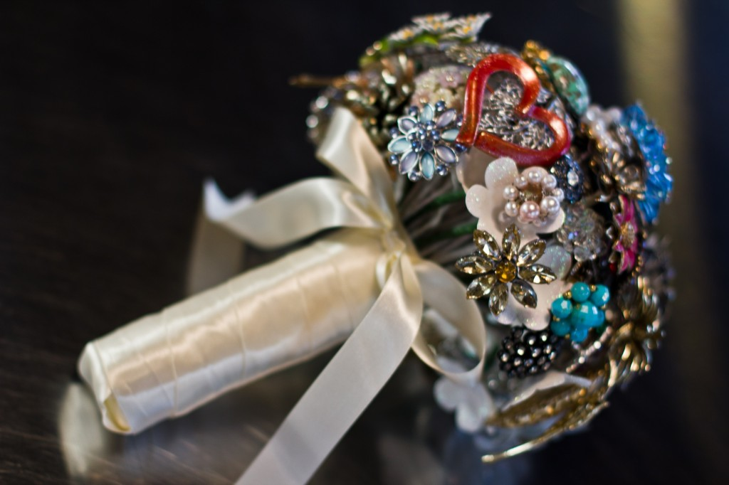 Caroline brooch bouquet 2