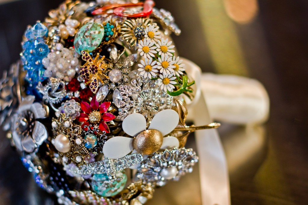 Caroline brooch bouquet 7