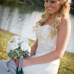 bride and bouquet_white & green 8